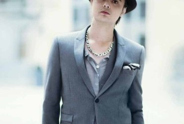 peter-doherty-the-kooples-costume-10603092xueuk_2041