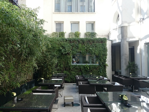 restaurant-hotel-sers-paris-patio