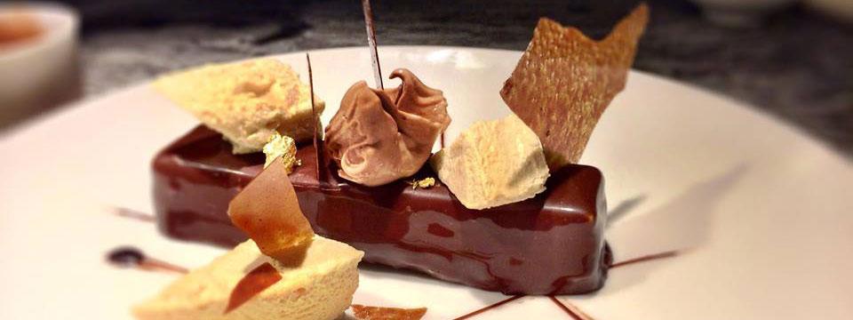Dessance premier resto gastro parisien 100 desserts pleaz - Desserte bar cuisine ...