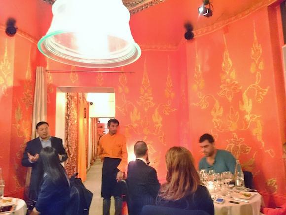 Aux-trois-nagas-restaurant-thai-paris-asiatique-presentation