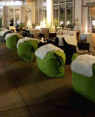 mont d 39 or et vin chaud l 39 h tel renaissance le parc. Black Bedroom Furniture Sets. Home Design Ideas