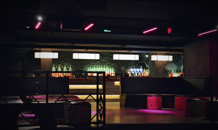 oz-club-paris-bar