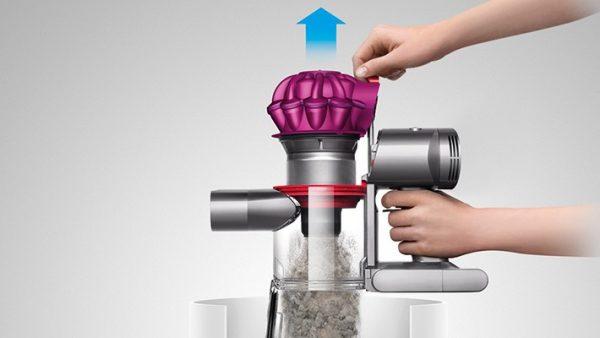 test de l 39 aspirateur sans fil dyson v7 pleaz. Black Bedroom Furniture Sets. Home Design Ideas